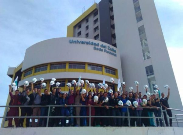 Colombians, Ecuadorians flock graduate colleges in Venezuela
