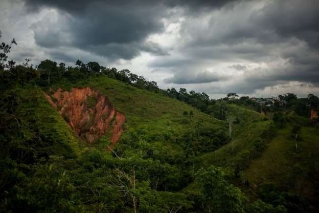 Colombia tribunal suspends awarding of mining licenses, government to appeal