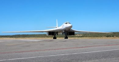 * Photos: These are the Tu-160 Russian Bombers that Landed in Venezuela