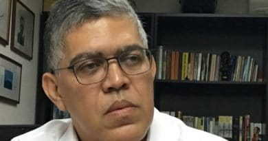 """* Interview with Elías Jaua, former Minister of Chavez and Maduro: """"We were wrong to leave intact the structure of corruption in Venezuela"""""""