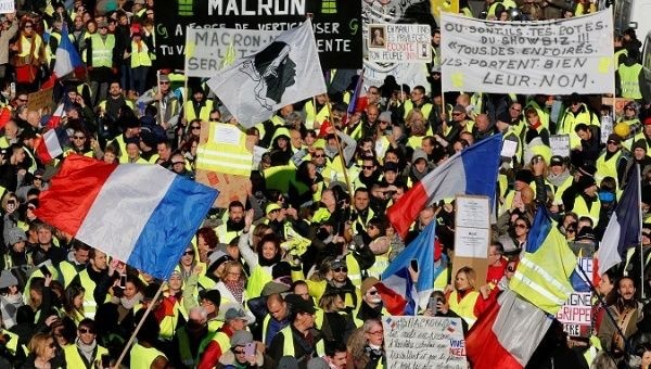 66,000 Yellow Vests Protest Macron's Austerity in France