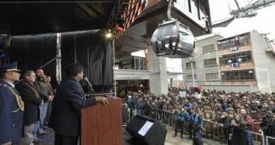 Evo Morales Inaugurates the Brown line of the La Paz Cable Car