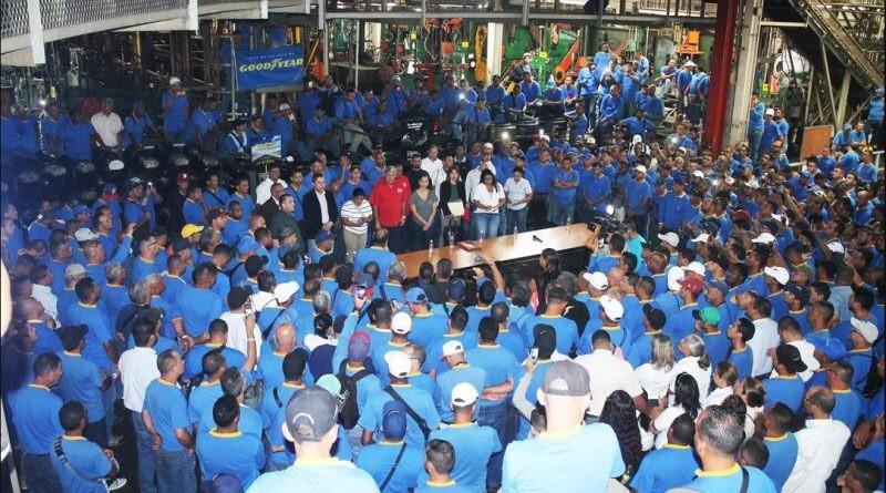 Venezuela: Goodyear workers occupy plant