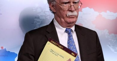 Bolton Calls on the Venezuelan Army to Ally with Coup Leaders