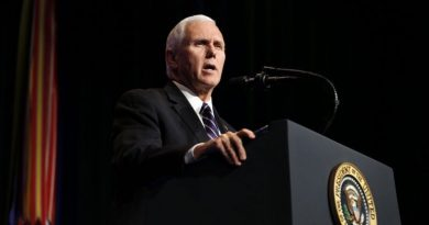 Mike Pence Calls on Venezuelans to Protest on Wednesday Against Maduro's Government