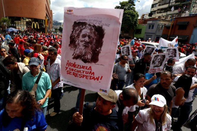 85 PHOTOS: Thousands of People Marched on January 23 Ratifying their Support for Nicolás Maduro