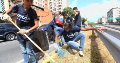 "The Program ""Together Everything is Possible"" that Rehabilitated the Streets of Caracas will be Extended to 50 Other Cities"