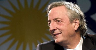 Venezuela Remembers 69 Years of the Birth of Argentine Leader Néstor Kirchner