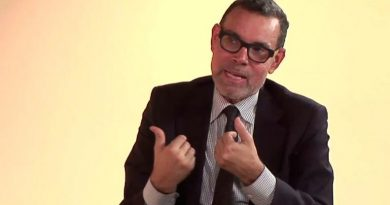 Luis Vicente Leon: Negotiation and Military Intervention