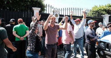 Venezuelan  Embassy  in Costa Rica assaulted