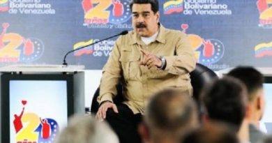 Maduro Asks International Community to End US's Threats of War