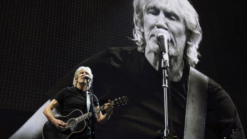 Roger Waters, Socialists Say No to Bernie and AOC's Positions on Venezuela