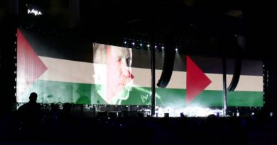 """Roger Waters (Pink Floyd): """"The Red Cross and the UN unequivocally agree, don't politicize aid"""""""