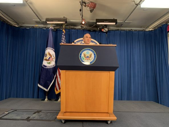 Abrams: US Does Not Rule Out Sanctioning Third Countries Negotiating with Venezuela