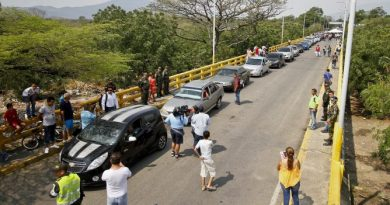 Cúcuta in Humanitarian Crisis After the Border Crossing