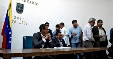 Juan Guaidó Called for a Staggered Strike by Public Sector Workers