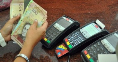 Venezuela: US Threatens New Sanctions as Hyperinflation Slows Down