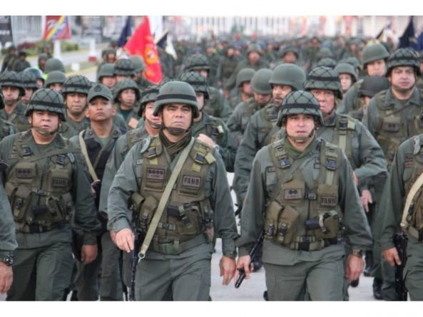 """Padrino López: We will send the Military Payroll to the US """"to Facilitate the Task of Sanctioning us"""""""
