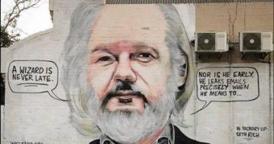 "Assange Was Put Through ""Hell"" at Ecuadorean Embassy: Diplomat"