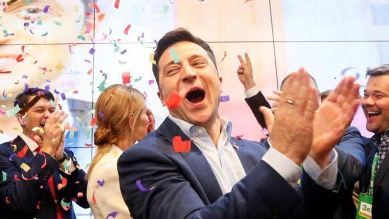 Ukraine: Comedian Zelensky Celebrates Victory Over Poroshenko in Presidential Race