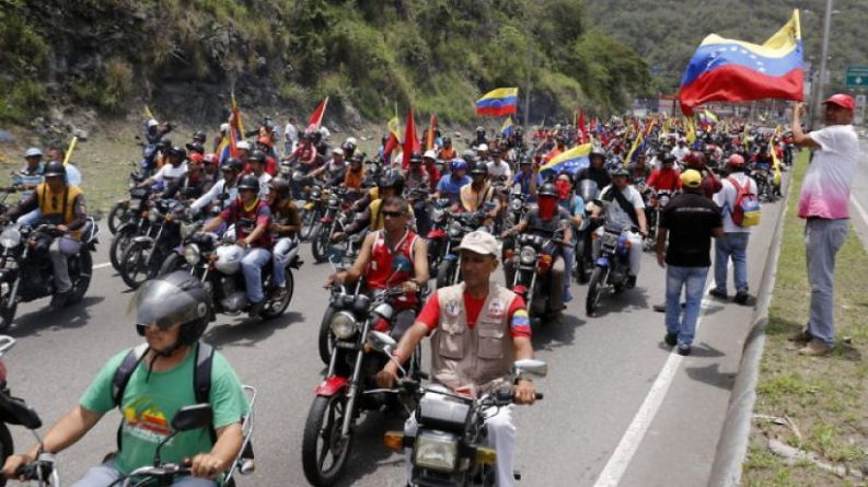 "A Chronicle to Define What the ""Colectivos"" Are in Venezuela"