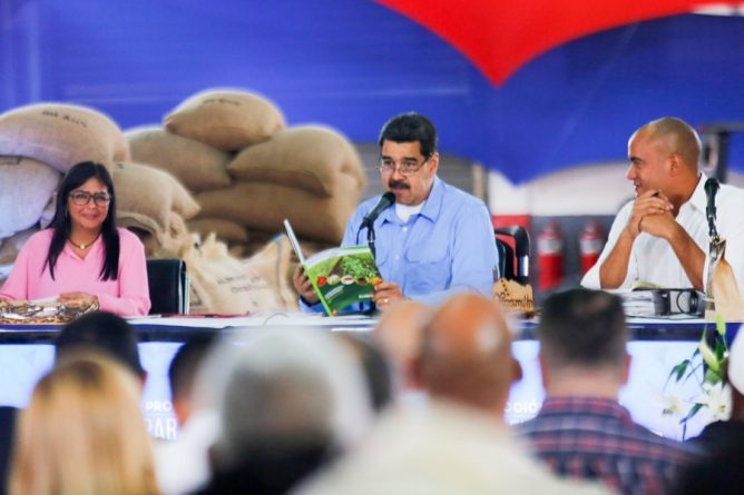 "President Maduro: ""Colombian Mafias Steal Venezuelan Cocoa and Sell it as Colombian"""
