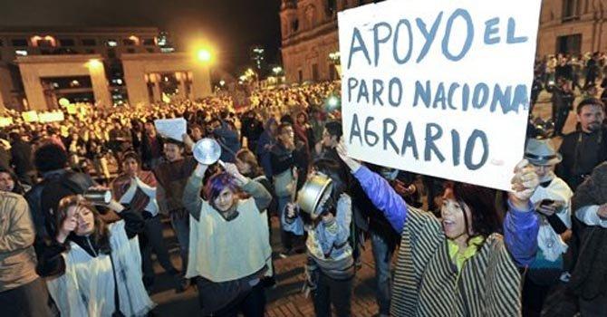 Peru: Cunarc Calls for a Major National Strike