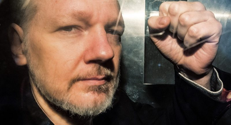 Ex-Ecuadoran Foreign Minister Believes Assange to Be Extradited to US From UK