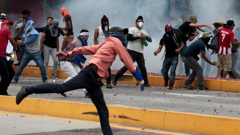 Mainstream Media Loves Protests for Democracy and Freedom... Unless They're in US Ally Honduras