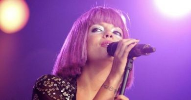 Brazil: Lily Allen Dedicates Her Song 'F*ck You' to Jair Bolsonaro