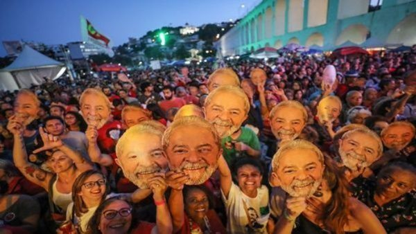 Brazil Prosecutor Asks that Lula go Under a Semi-Open Regime