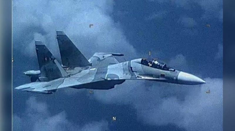 "US Military Complains Venezuelan Jet ""Aggressively Shadowed"" its Spy Plane… Blames Russia (VIDEO)"