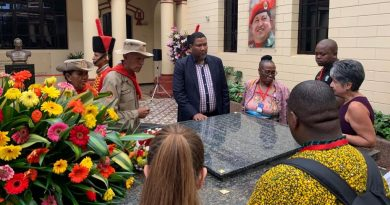 Nelson Mandela's Grandson Visits Hugo Chavez Tomb (+Sao Paulo Forum)