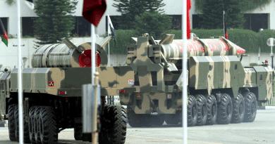 "Kashmir is ""Definitely a Nuclear Flashpoint,"" Pakistan Armed Forces Spokesman Warns"