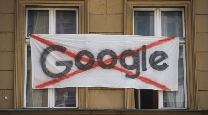 """""""We are Moving into a New, Controlled Society Worse than Old Totalitarianism"""" – Zizek on Google Leak"""