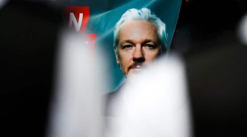 Breaking the Media Blackout on the Imprisonment of Julian Assange