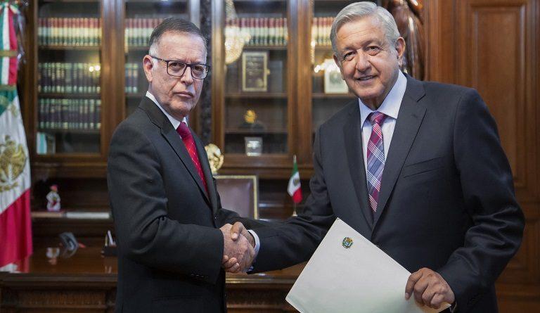 President of Mexico met with Venezuelan Ambassador Francisco Arias Cardenas