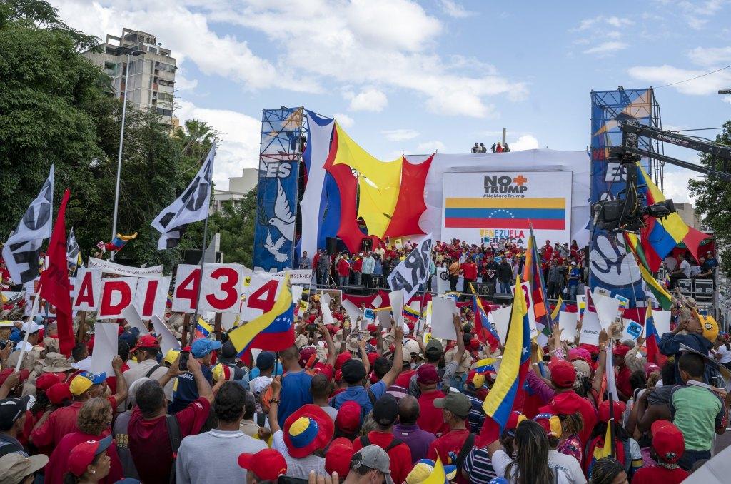 Venezuela-no-more-Trump-march-stage.jpg
