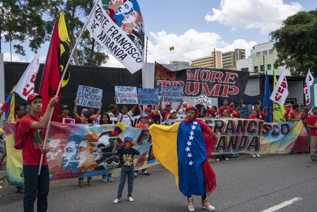 Venezuela-no-more-Trump-protest-FFM.jpg
