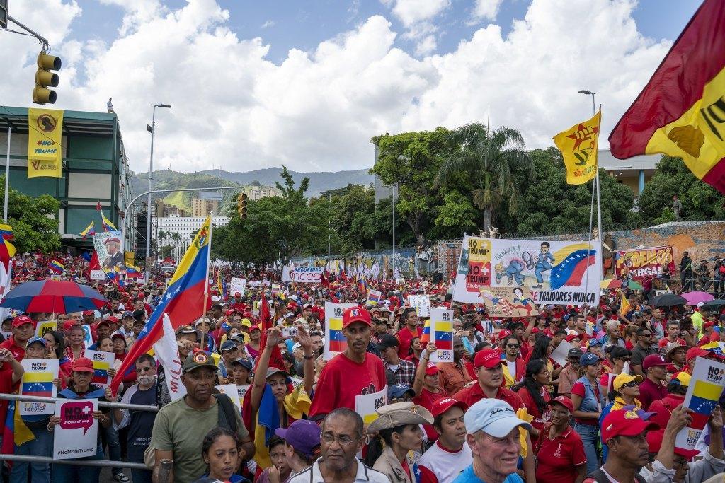 Venezuela-no-more-Trump-protest-crowd.jpg