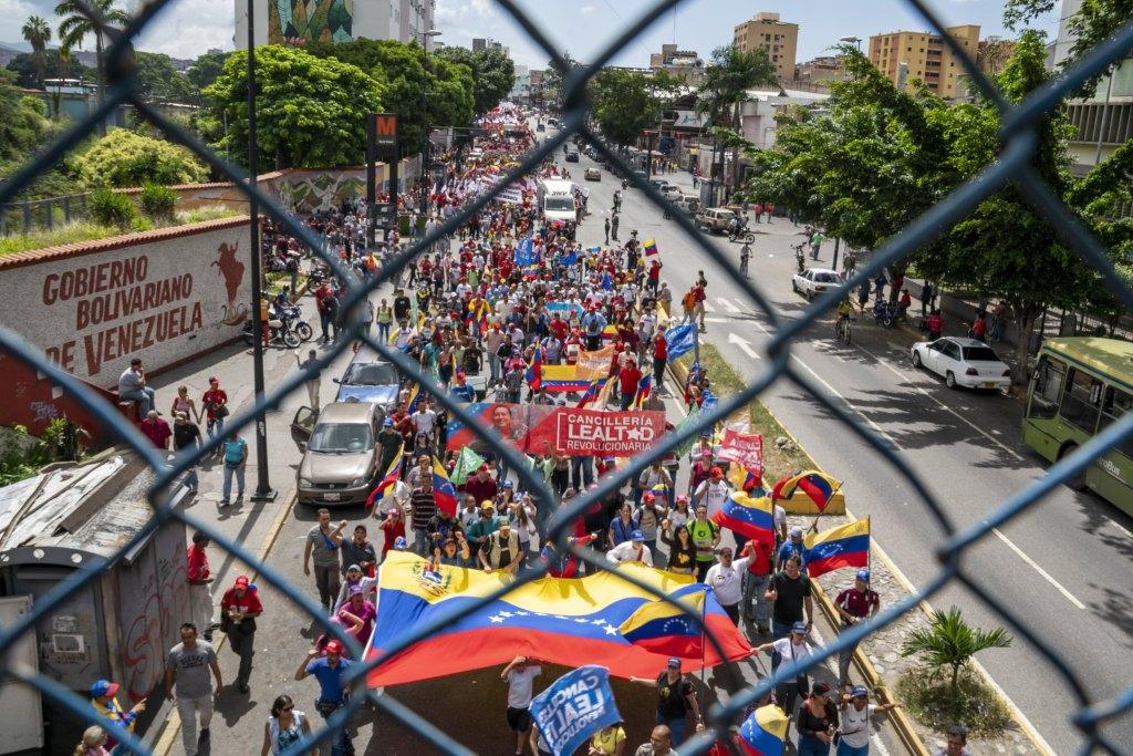 Venezuela-no-more-Trump-protest-fence.jpg