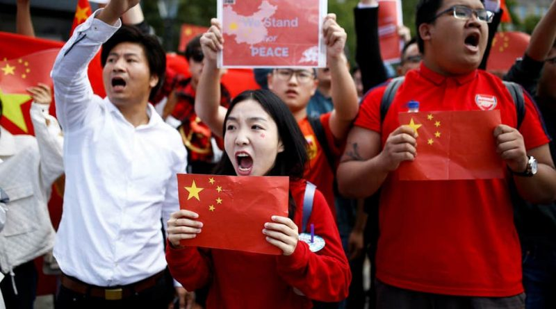 Minnesota: Patriotic Chinese students oppose turmoil in Hong Kong