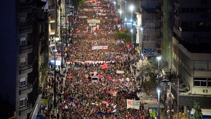 """Massive March in Uruguay: """"Milicos Never Again"""""""
