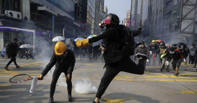 Hong Kong Protesters Vandalize and Set Fire to Xinhua News Agency Office (Video)