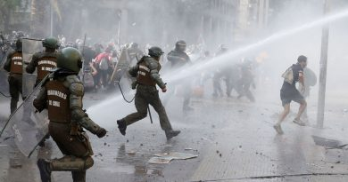 Chilean Intelligence Chief Resigns Questioned for Not Anticipating Magnitude of Protests