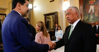 President Maduro Met with Opposition Representatives - National Dialogue Table (Video)