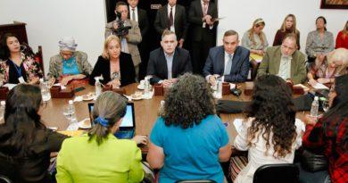 Venezuelan Supreme Court Starts Work With Feminist Groups