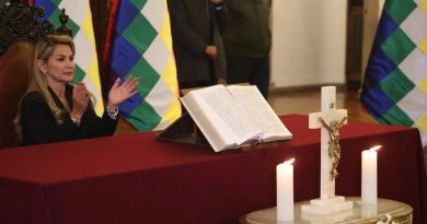 "Jeanine Añez is ""An Absolutely Illegitimate"" President of Bolivia: Enrique Dussel - Religious Fanaticism  (Interview)"