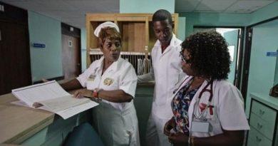 Ecuador Ends Agreement to Receive Cuban Doctors