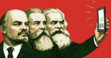 Marx, Engels and Lenin taking a selfie